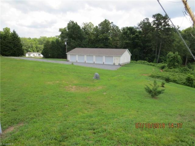 1090 Fulp Road, Walnut Cove, NC 27052 (MLS #940620) :: Lewis & Clark, Realtors®