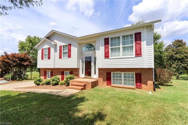 129 Cottonwood Drive, Yadkinville, NC 27055 (MLS #941716) :: Berkshire Hathaway HomeServices Carolinas Realty