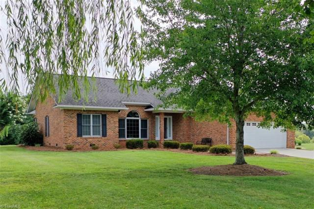 303 Cornwallis Drive, Mocksville, NC 27028 (MLS #943362) :: Ward & Ward Properties, LLC