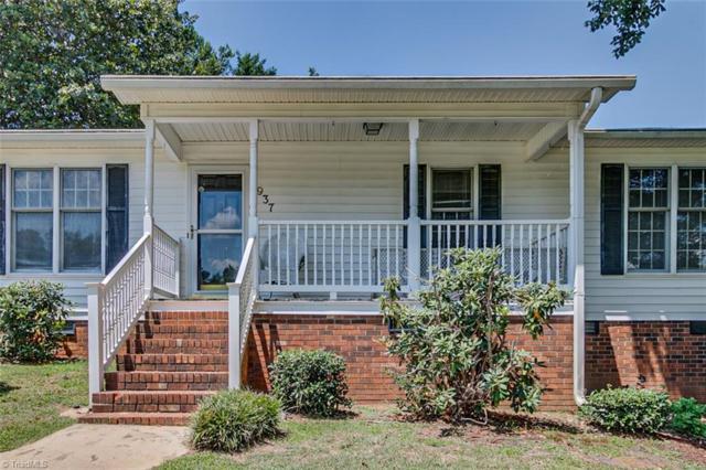 937 Bay Leaf Court, Asheboro, NC 27203 (MLS #943414) :: Berkshire Hathaway HomeServices Carolinas Realty