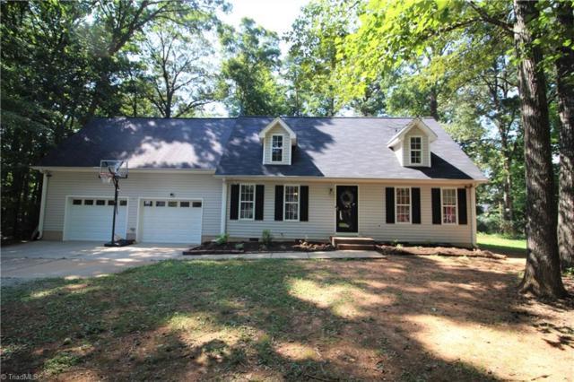 5211 Cotton Mill Lane, Jamestown, NC 27282 (MLS #944863) :: Berkshire Hathaway HomeServices Carolinas Realty