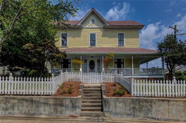 702 Walker Avenue, Greensboro, NC 27403 (MLS #945111) :: Berkshire Hathaway HomeServices Carolinas Realty