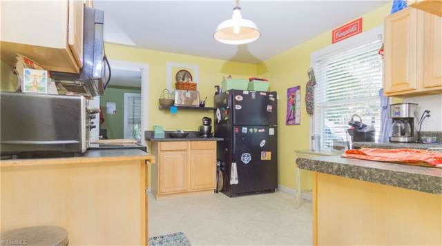 608 Woodlawn Road, High Point, NC 27265 (MLS #949159) :: Berkshire Hathaway HomeServices Carolinas Realty