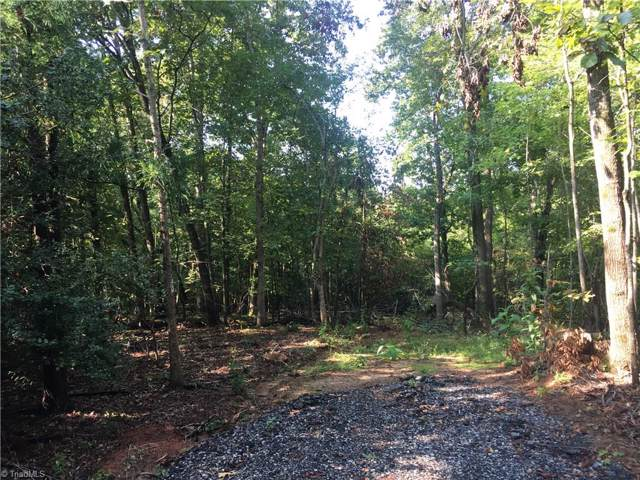 6768 Brookbank Road, Summerfield, NC 27358 (MLS #949610) :: Lewis & Clark, Realtors®