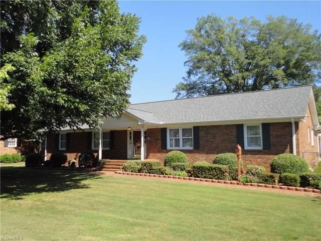 3304 Summit Avenue, Greensboro, NC 27405 (MLS #949844) :: HergGroup Carolinas | Keller Williams