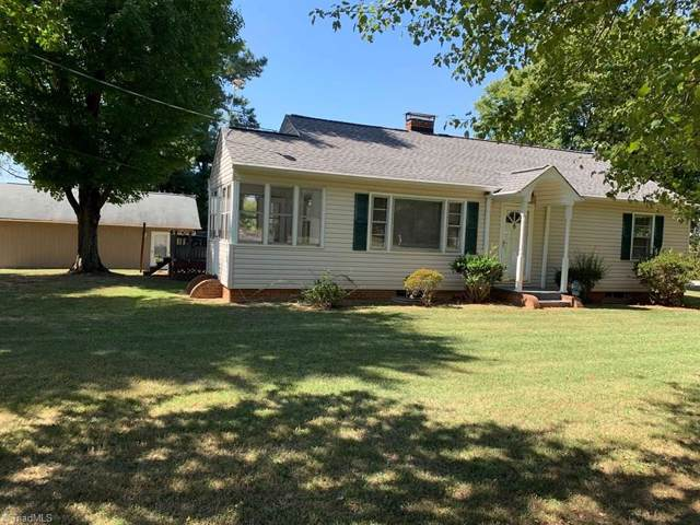 2910 Eddystone Lane, Winston Salem, NC 27103 (MLS #951459) :: RE/MAX Impact Realty