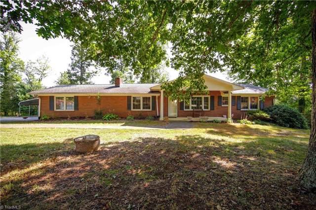 895 Appaloosa Trail, Kernersville, NC 27284 (MLS #951730) :: HergGroup Carolinas | Keller Williams
