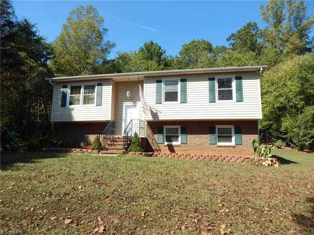 233 Cedar Knoll Drive, Mount Airy, NC 27030 (MLS #951920) :: RE/MAX Impact Realty
