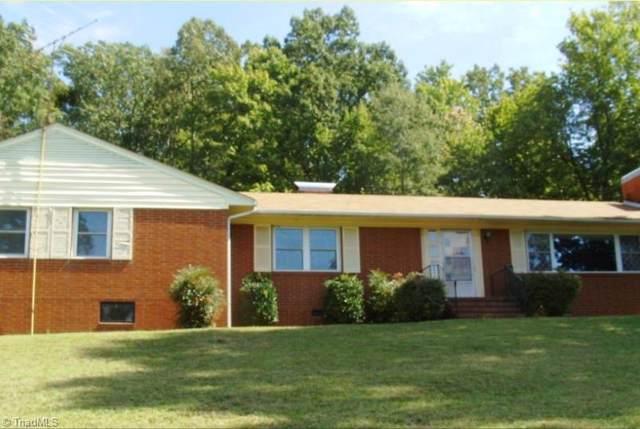 1657 Brookdale Drive, Asheboro, NC 27205 (MLS #954205) :: Ward & Ward Properties, LLC