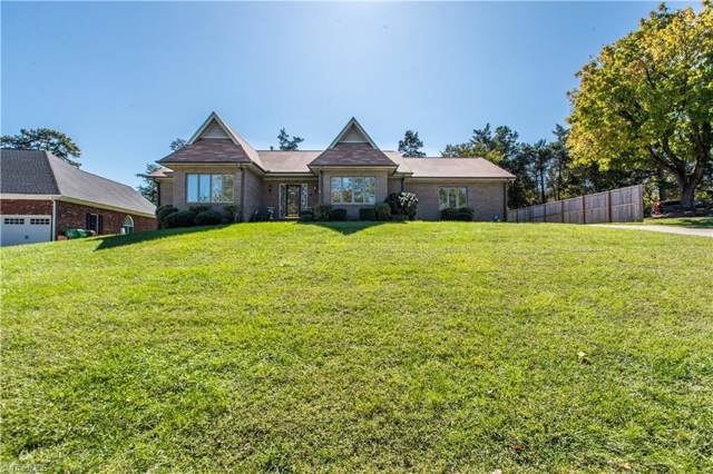 1504 Misty Hill Circle, High Point, NC 27265 (MLS #954215) :: Berkshire Hathaway HomeServices Carolinas Realty