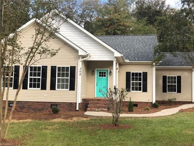 304 Spring Water Drive, Boonville, NC 27106 (MLS #954539) :: Berkshire Hathaway HomeServices Carolinas Realty