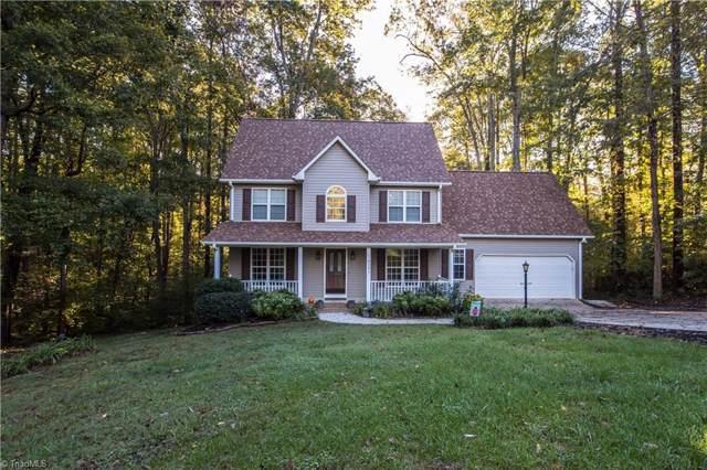 8201 Daltonshire Drive, Oak Ridge, NC 27310 (MLS #954919) :: Ward & Ward Properties, LLC