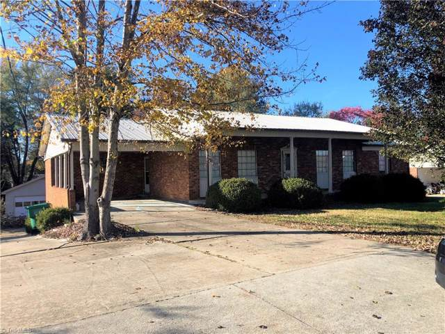3945 Johnson Street, High Point, NC 27265 (MLS #956905) :: Lewis & Clark, Realtors®