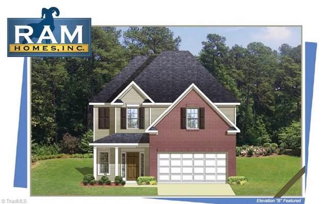 453 Menlo Park Road, Greensboro, NC 27405 (MLS #958991) :: Ward & Ward Properties, LLC