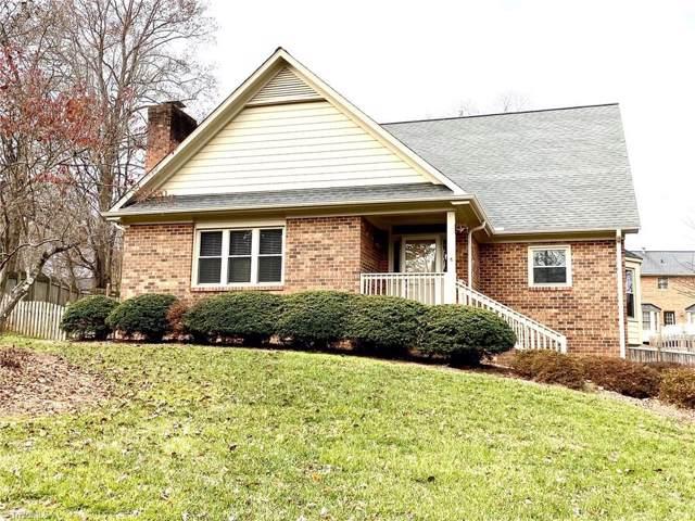 4217 Hollowoak Court, Winston Salem, NC 27104 (MLS #959018) :: Ward & Ward Properties, LLC