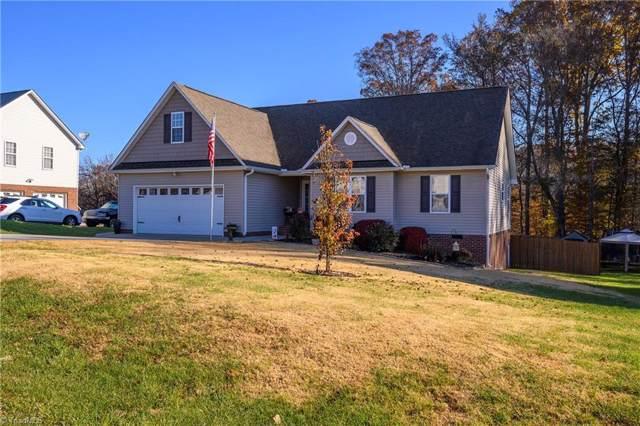 215 Ash Drive, Mocksville, NC 27028 (#959050) :: Premier Realty NC