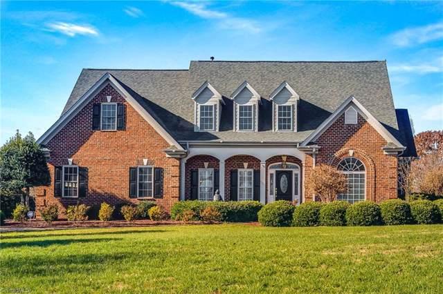 1001 Glen Day Drive, Clemmons, NC 27012 (MLS #959075) :: Ward & Ward Properties, LLC