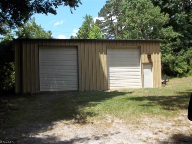700 Turner Street, Thomasville, NC 27360 (MLS #959727) :: Berkshire Hathaway HomeServices Carolinas Realty