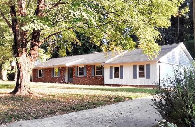 2840 Wesleyan Lane, Winston Salem, NC 27106 (MLS #962789) :: Berkshire Hathaway HomeServices Carolinas Realty
