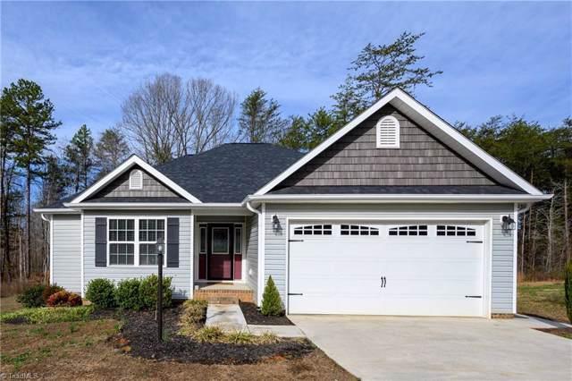 124 Eli Avenue, Mocksville, NC 27028 (MLS #962795) :: Berkshire Hathaway HomeServices Carolinas Realty