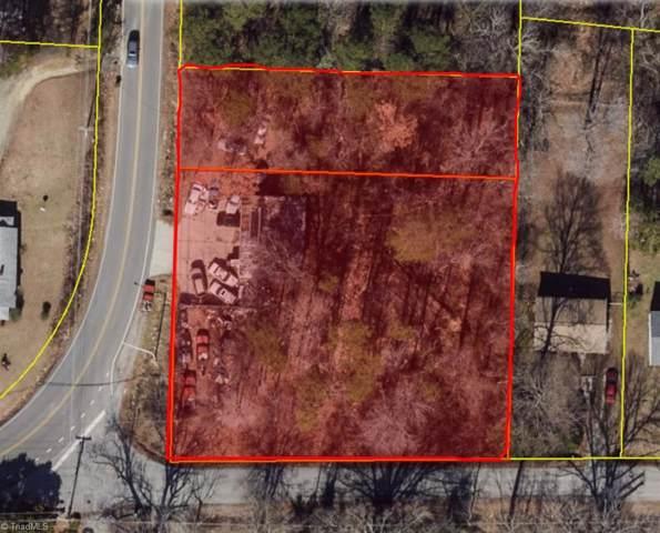 1027 Hickory Chapel Road, High Point, NC 27260 (MLS #963344) :: Berkshire Hathaway HomeServices Carolinas Realty