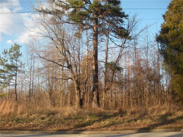 1215 Rotherwood Road, Greensboro, NC 27406 (MLS #963516) :: Berkshire Hathaway HomeServices Carolinas Realty