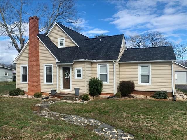 2472 Sparta Road, North Wilkesboro, NC 28659 (MLS #966184) :: HergGroup Carolinas | Keller Williams