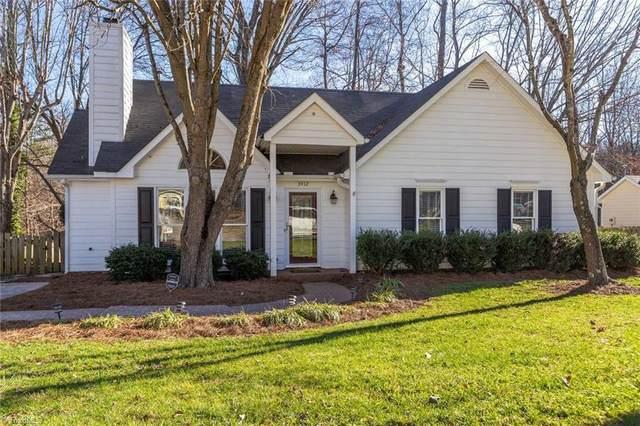 3412 Farm Lake Street, Jamestown, NC 27282 (MLS #966242) :: HergGroup Carolinas | Keller Williams