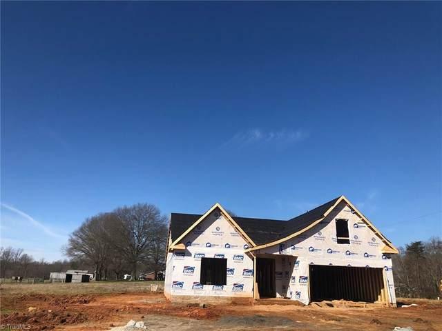 5107 Labella Court, Kernersville, NC 27284 (MLS #966996) :: Berkshire Hathaway HomeServices Carolinas Realty