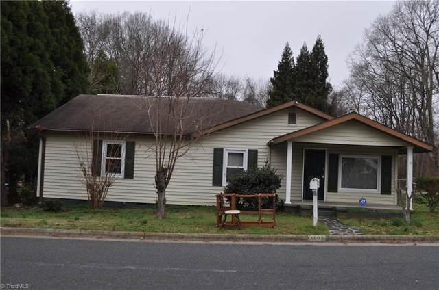 2607 Foch Street, Greensboro, NC 27405 (MLS #967480) :: Berkshire Hathaway HomeServices Carolinas Realty