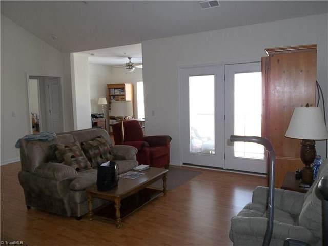 3610 Spanish Peak Drive 3-D, High Point, NC 27265 (MLS #969627) :: Ward & Ward Properties, LLC