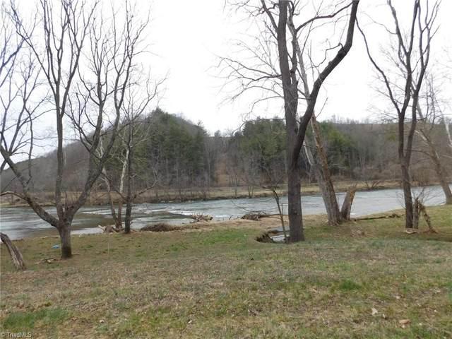 35 River Walk Lane, Independence, VA 24348 (MLS #971462) :: Ward & Ward Properties, LLC