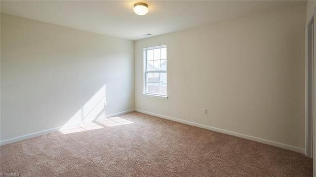 1658 Weatherend Drive #283, Winston Salem, NC 27045 (MLS #971518) :: Berkshire Hathaway HomeServices Carolinas Realty