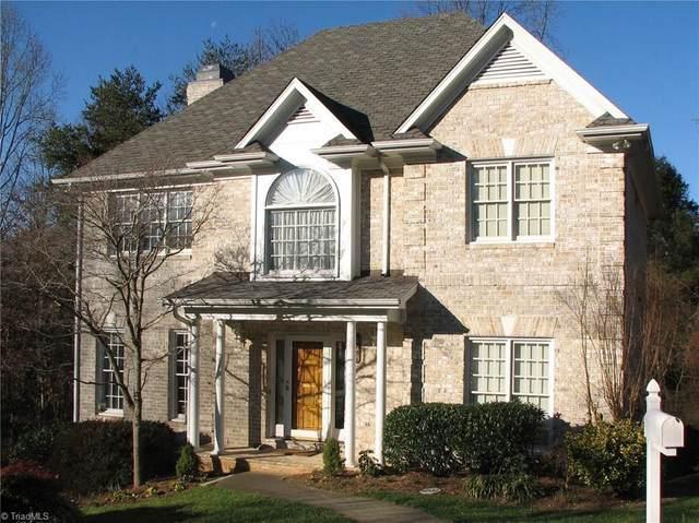 229 Village Green Square, Winston Salem, NC 27104 (MLS #972434) :: Berkshire Hathaway HomeServices Carolinas Realty