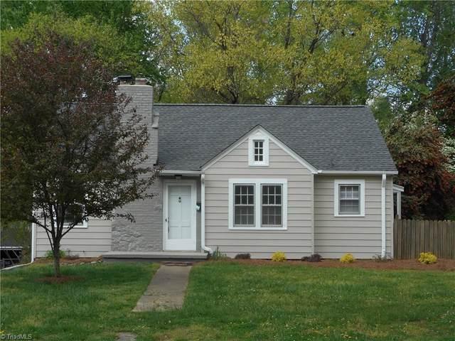 918 Knollwood Street, Winston Salem, NC 27103 (MLS #972456) :: Berkshire Hathaway HomeServices Carolinas Realty