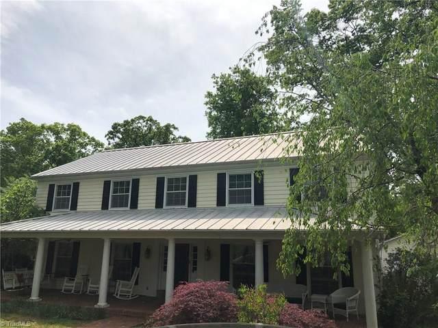 1003 Kemp Road W, Greensboro, NC 27410 (MLS #975786) :: Lewis & Clark, Realtors®