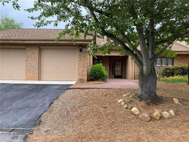147 Oleander Drive, Bermuda Run, NC 27006 (MLS #976566) :: Berkshire Hathaway HomeServices Carolinas Realty