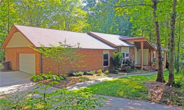 6 Horseshoe Court, Greensboro, NC 27410 (MLS #977550) :: Ward & Ward Properties, LLC
