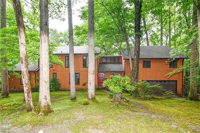 6795 Brookbank Road, Summerfield, NC 27368 (MLS #977578) :: Ward & Ward Properties, LLC