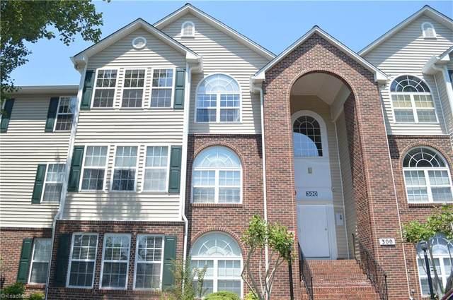 334 Mill Pond Drive #334, Winston Salem, NC 27106 (MLS #977993) :: Berkshire Hathaway HomeServices Carolinas Realty