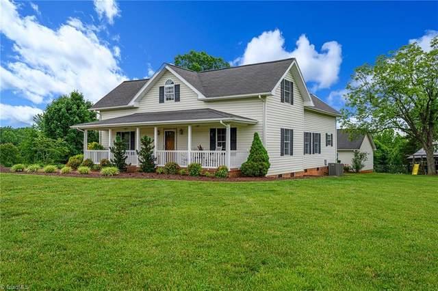124 Falcon Lane, Mocksville, NC 27028 (MLS #979190) :: Berkshire Hathaway HomeServices Carolinas Realty