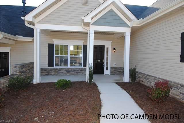 211 Hawks Nest Circle, Clemmons, NC 27012 (MLS #979363) :: Team Nicholson