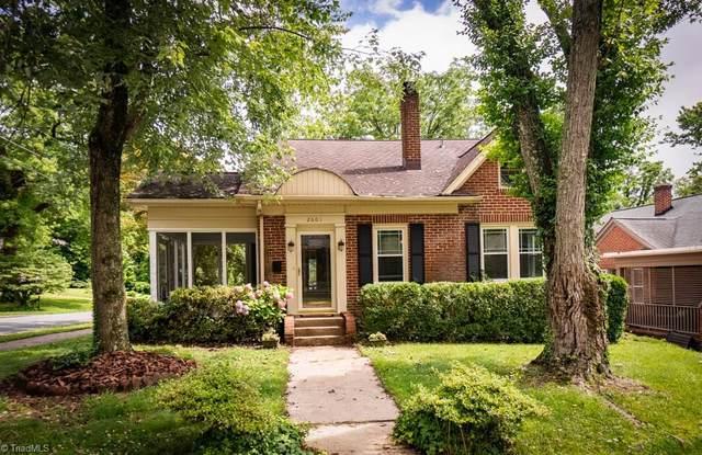 2601 Sherwood Street, Greensboro, NC 27403 (MLS #979373) :: Berkshire Hathaway HomeServices Carolinas Realty