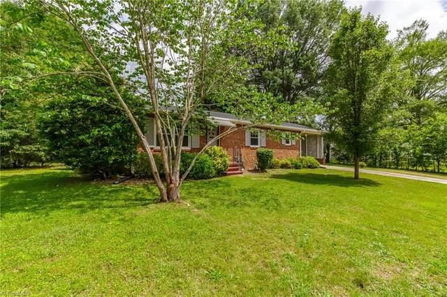 402 Holt Avenue, Graham, NC 27253 (MLS #979413) :: Ward & Ward Properties, LLC