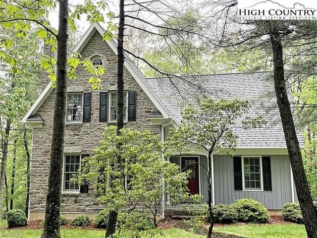 21 Maple Leaf Lane, Roaring Gap, NC 28669 (MLS #979558) :: Ward & Ward Properties, LLC