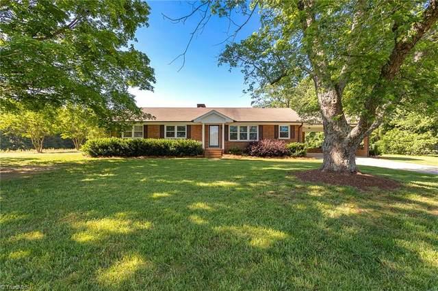 1708 Alamance Church Road, Greensboro, NC 27406 (MLS #979638) :: Berkshire Hathaway HomeServices Carolinas Realty
