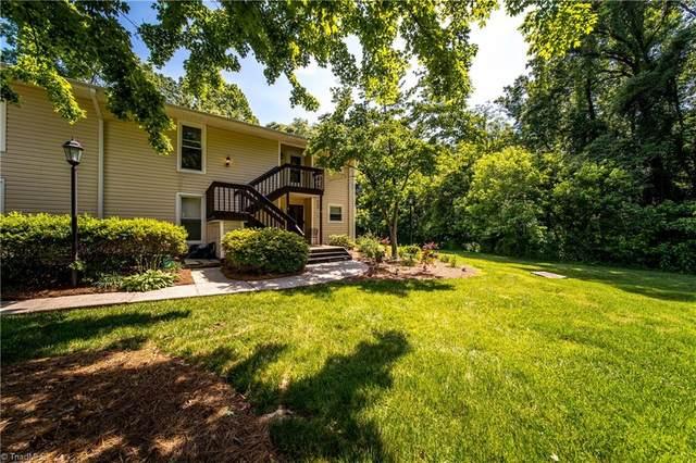 132 Turnwood Lane, Winston Salem, NC 27104 (MLS #979709) :: Berkshire Hathaway HomeServices Carolinas Realty
