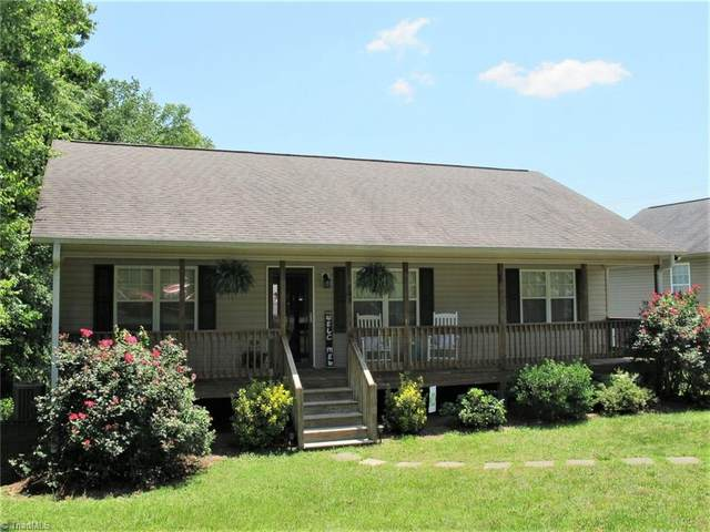 709 Ferndale Drive, Thomasville, NC 27360 (MLS #980242) :: Ward & Ward Properties, LLC