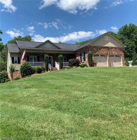 8484 Austin Hill Lane, Tobaccoville, NC 27050 (MLS #980688) :: Ward & Ward Properties, LLC