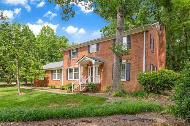 1114 Hobbs Road, Greensboro, NC 27410 (MLS #980839) :: Ward & Ward Properties, LLC